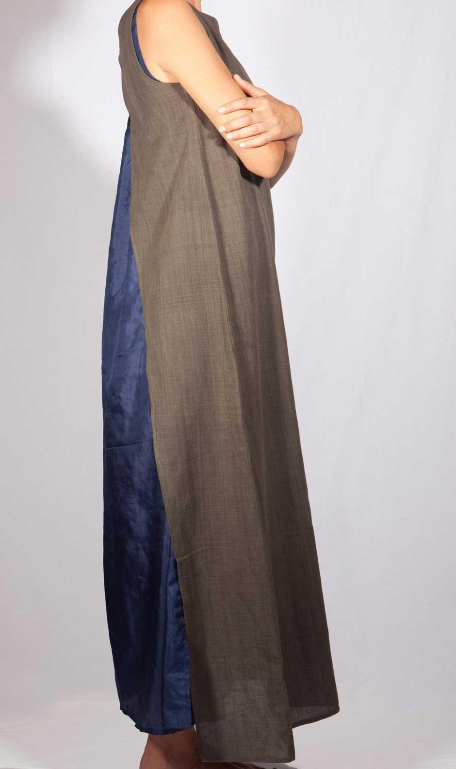 abito-indossato-grigioblu-profilo1.jpg